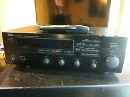 Yamaha Receiver with remote control mint condition