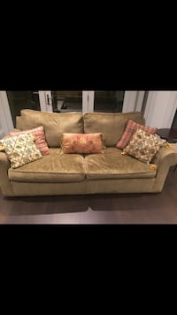 Custom made couches Vaughan, L4K