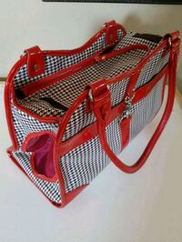 Dog or Cat purse carrier London, N6P 1A2