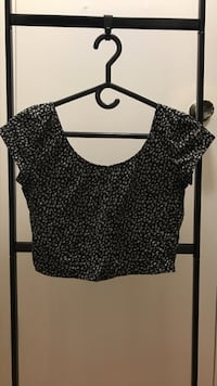 Garage size S crop top Mississauga, L4Y