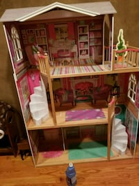 Doll house ever little girls dream 908 mi