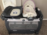 Like new Graco Pack n Play with Cuddle Cove Houston, 77095