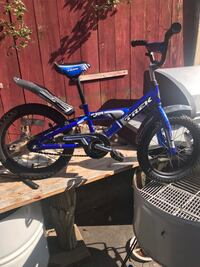 blue and black BMX bike Chicago, 60626