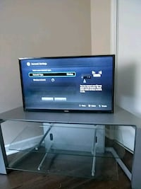 "32"" tv toshiba and stand Toronto, M4X"