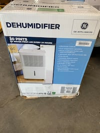 SPECIAL GE Appliances 30 Pint Dehumidifier ADEW30LW NEW IN BOX Dearborn Heights, 48127