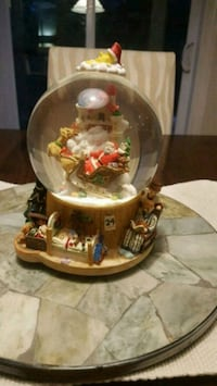 Wind-up Musical Waterglobe Mississauga, L5L 5V3