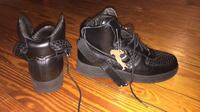 Italian leather air forces size 11 Coventry, 02816