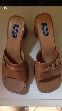 Brand New in box ladies Size 39 sandals