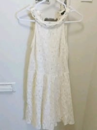 white lace scoop neck sleeveless dress Toronto, M6N