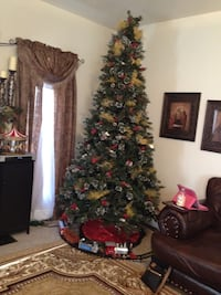 9 ft Christmas tree  Guilford Hills, 17202