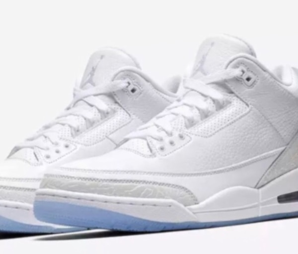 newest 7c12f 917fe Air Jordan 3 retro low top. All white/clear-see through sky blue bottom  men's size 8