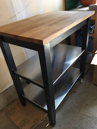 Kitchen island & cart with wheels  Toronto, M1P