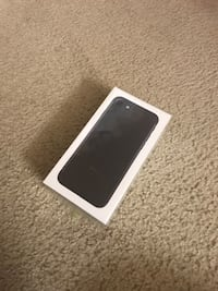 Brand New Sealed iPhone 7 32gb UNLOCKED Black Color 1 year Warranty Lorton, 22079
