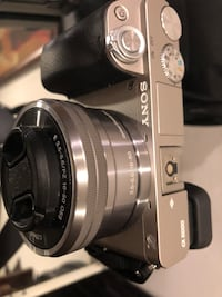 SONY A6000 Camera LIMITED EDITION GUNMETAL SILVER with SONY 16-50 mm LENS 6 MONTHS OLD Los Angeles, 91405