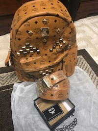 Backpack and belt  Capitol Heights, 20743