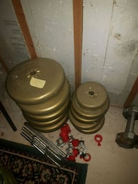 weight plates of different sizes Toronto, M6E 1Y5