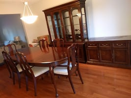 9 PIECE SOLID MAHOGANY WOOD DINING SET in Markham