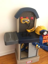 Selling a little tikes work bench with toys / tools Kitchener, N2C 1G2