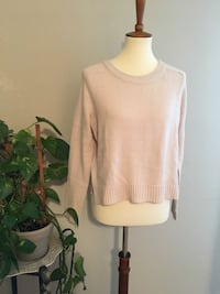 Divided Cropped Sweater Small San Jose, 95129