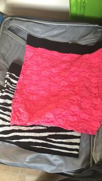 Two pink and black floral mini skirts Franklin, 45005