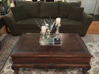 Sofa and loveseat, very good condition, olive green color . Vienna, 22182