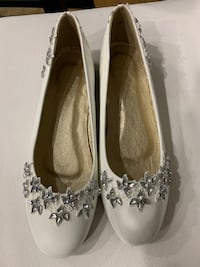 White/Ivory flats wedding shoes size 10 Georgetown, 40324