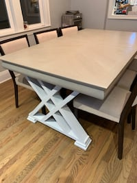 Dining Table null