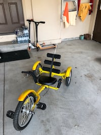 yellow and black recumbent stationary bike null, L2H 0A9