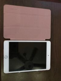 Gold IPad Mini 4 128gb with case and AppleCare Gainesville, 32605