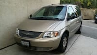 Chrysler - Town and Country - 2002 Lake Forest