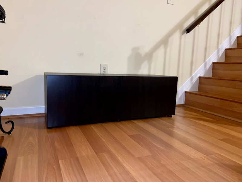 Mountable TV Stand c2218d88-6691-4dec-82c0-eed8e2b66b13