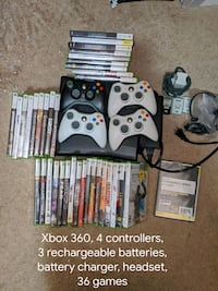 Xbox 360 Bundle 4 Controllers 36 Games