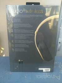 Beats studio 3 wireless headphones Vancouver, V5T 3J7