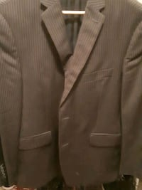 Suit Kenneth cole Barrie, L4N 3J1