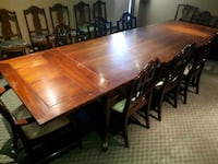 Dining Table with 8 chairs 504 km