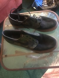 pair of brown leather dress shoes 39 mi