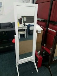 NEW IN BOX MIRROR FINAL PRICE  College Park