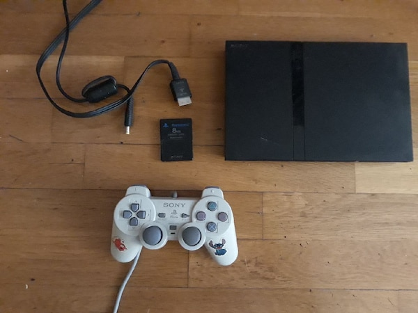 Sony κονσόλα PS2 λεπτό με δύο ελεγκτές