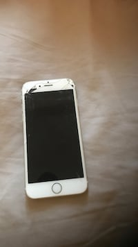 silver iPhone 6 with box Detroit, 48207