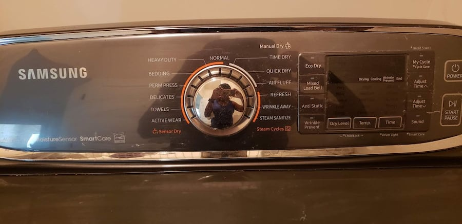 Samsung washing and dryer with streamer options and warrenty.  b1b9fcd5-0a20-4161-84f3-5f69aed256ad