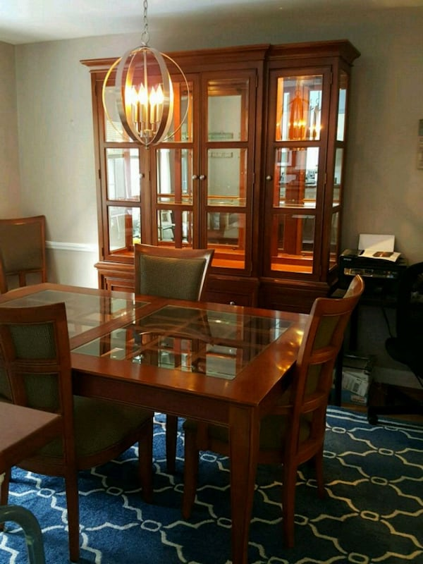 Dining Room Set and China Cabinet 9a3c352d-993c-44b2-bf94-d3d48fb849c9