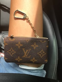 Louis Vuitton Monogram keychain pouch  Oklahoma City, 73120