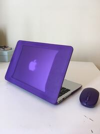 MacBook Air (11-inch, Early 2015) with Tech 21 Protective Case and Wireless Mouse Kallithea, 17676