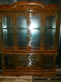 Dining room set - China cabinet, dining room table