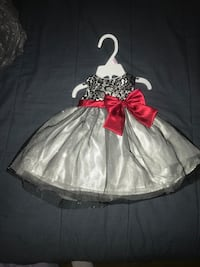 Girls size 6-9 months holiday dress nwt silver black with red bow Victor, 14564