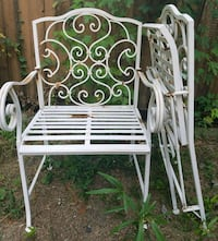 ATTN CREATIVE TYPES: Folding patio chairs Roswell, 30076