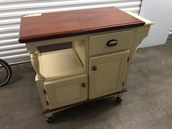 Used Kitchen Buffet Table On Wheels For Sale In Lyndhurst Letgo