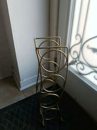 Gold wine rack Brampton, L6S 3K8