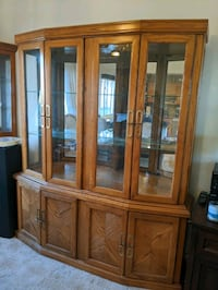 China cabinet Franklin Township, 08873