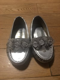 Baby girl shoes size 22 ! Montréal, H4M 2N2